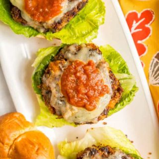 Butternut squash black bean quinoa burgers are a hearty vegan burger with tex-mex spices and big flavors! #veggieburger #blackbeanburger #vegetarian | www.familyfoodonthetable.com