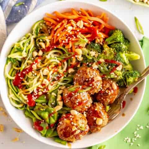 Asian turkey meatballs and veggies bowls