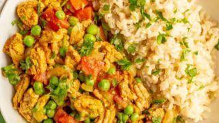 Curry ground turkey with rice and peas