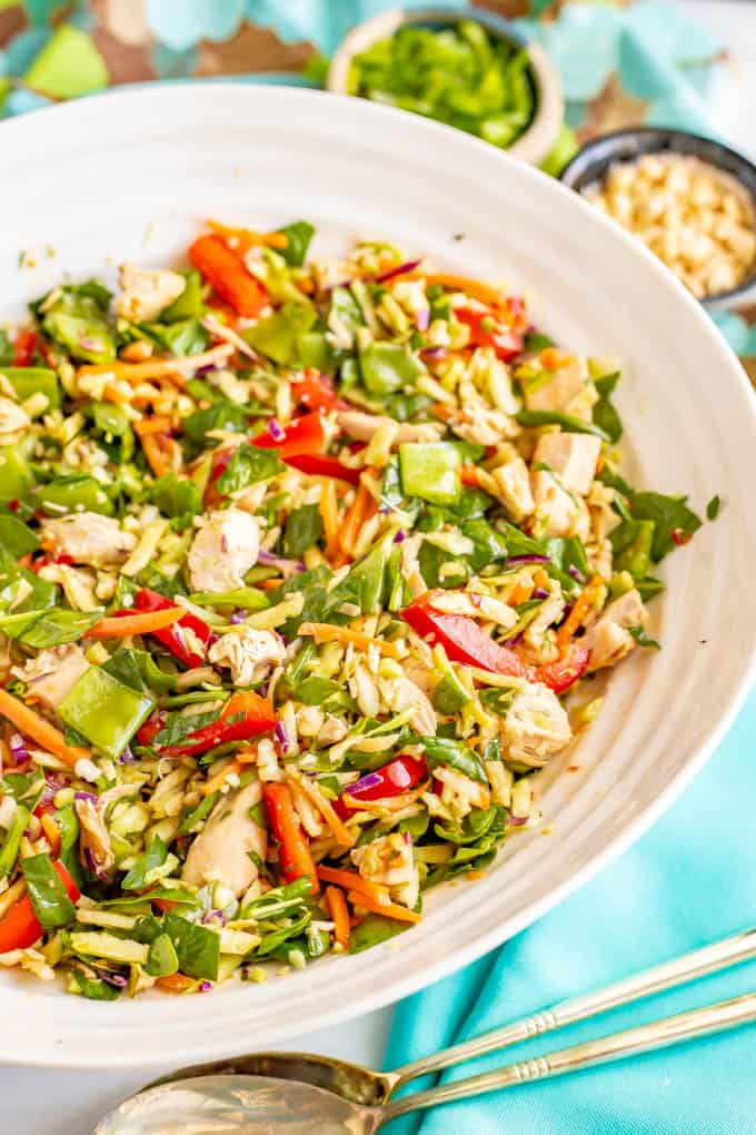Broccoli slaw chicken salad with soy-ginger dressing is full of fresh veggies and is crazy crunchy! It's a great salad to meal prep for a healthy lunch! #broccolislaw #salads #healthylunch